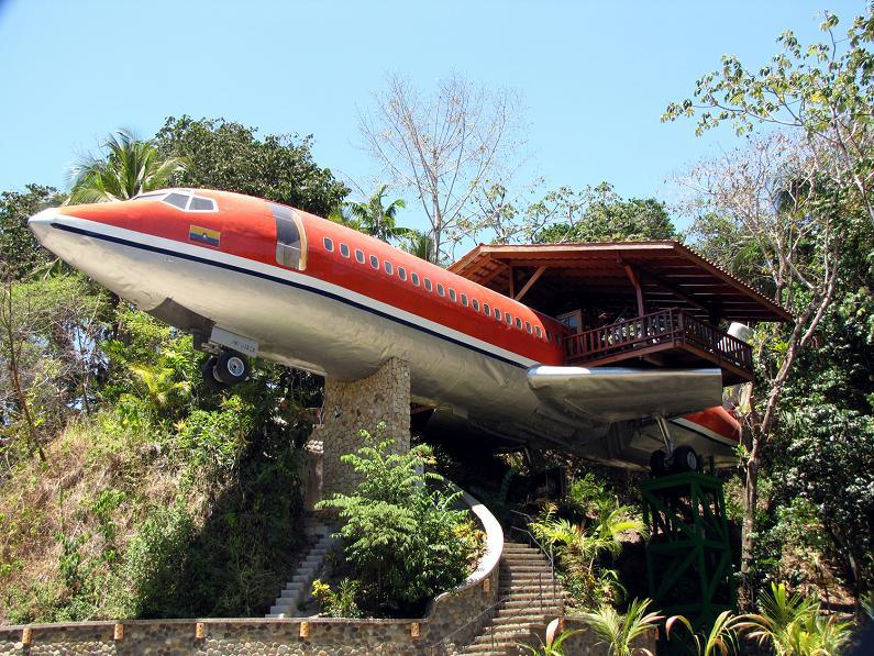 airplane hotel room conversion costa rica
