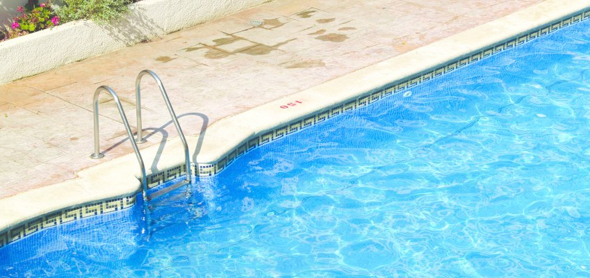 Swimming pool, pool safety fixes