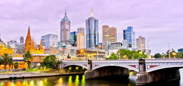 Melbourne, markets fall, house market