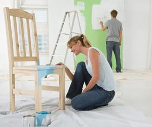Couple painting green